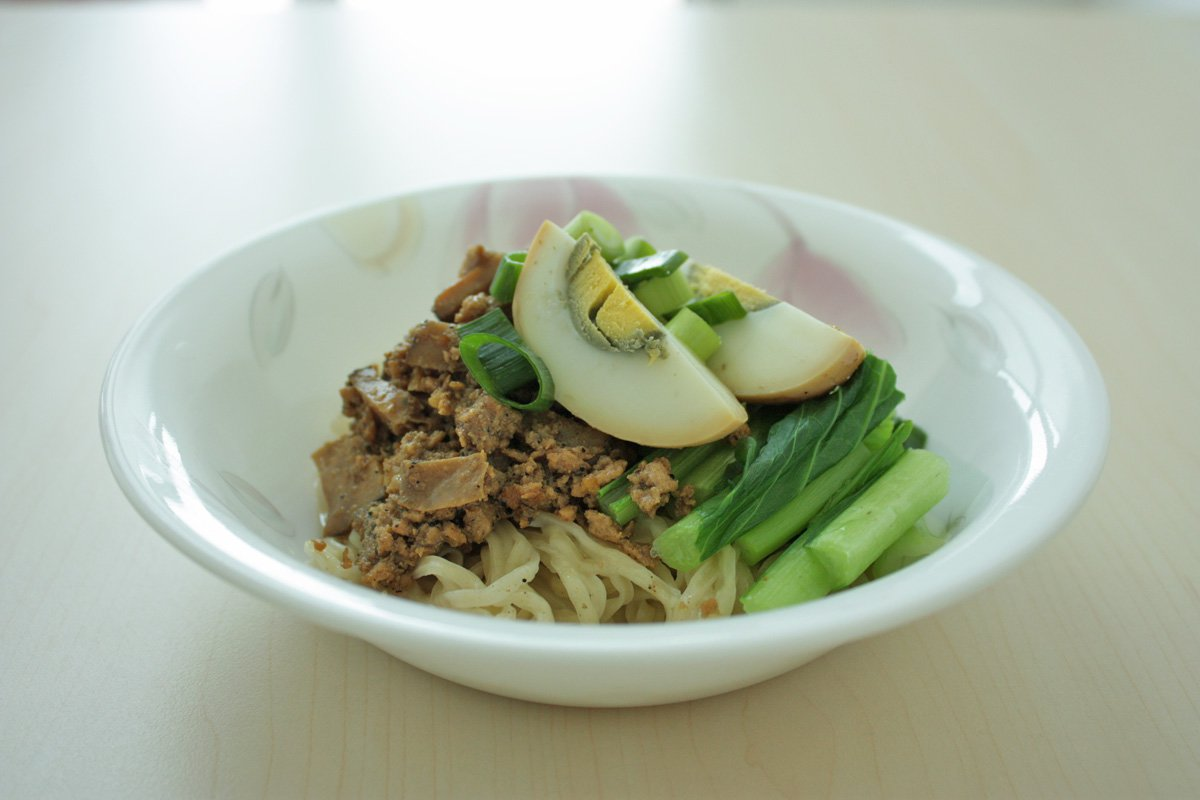 Noodles with Chicken and Mushroom Sauce