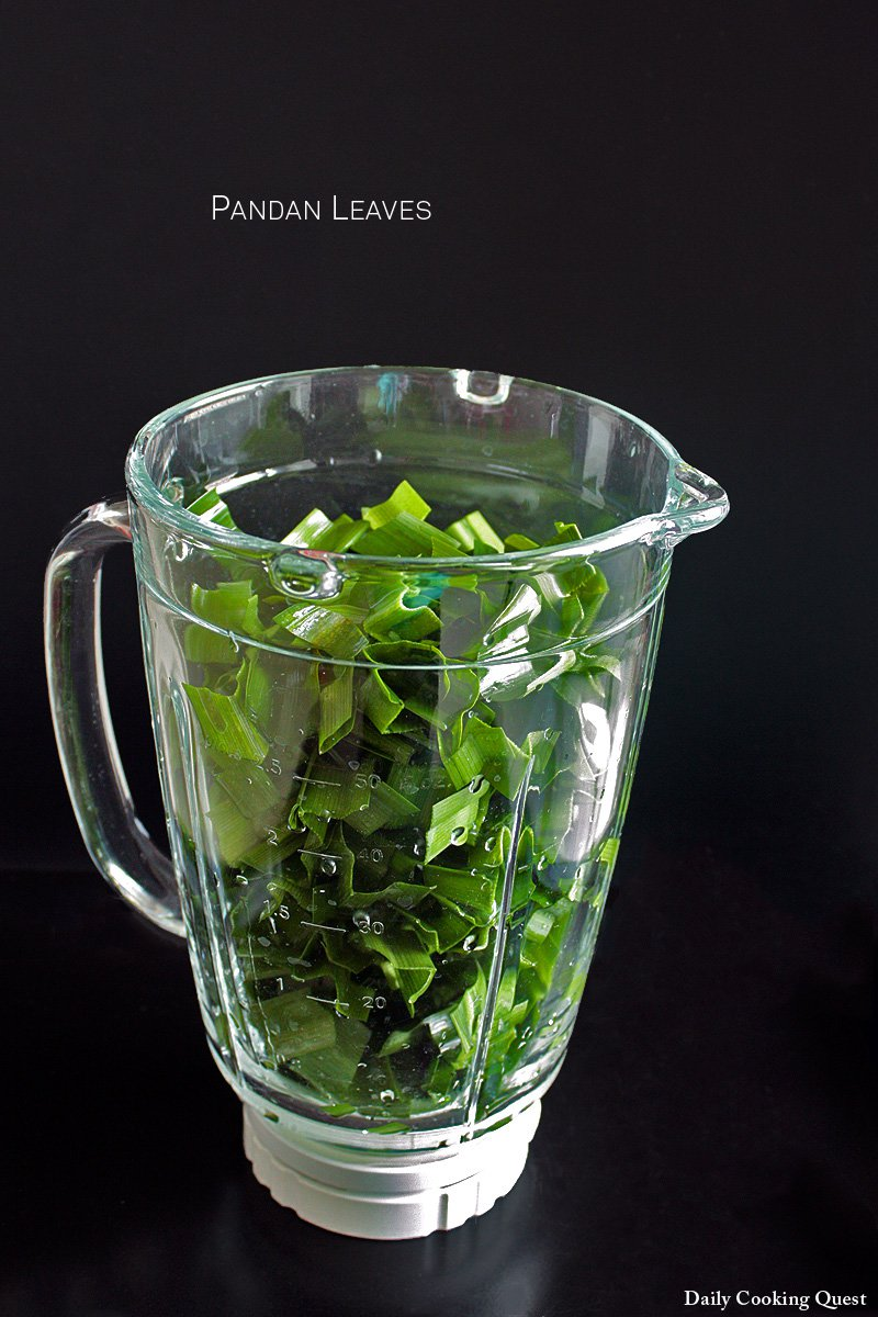 3. Fill a 6 cup capacity blender loosely with strips of pandan leaves and 1/2 cup of water.