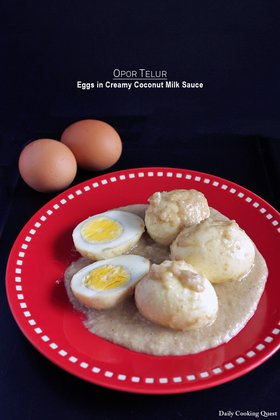 Opor Telur - Eggs in Creamy Coconut Milk Sauce