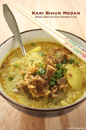 Kari Bihun Medan - Medan Rice Noodles Curry