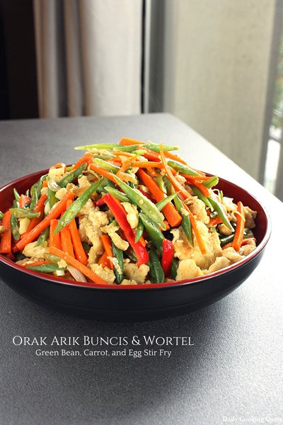 Orak Arik Buncis & Wortel - Green Bean, Carrot, and Egg Stir Fry