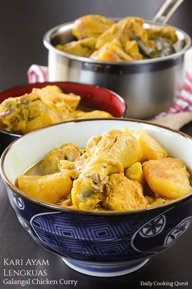 Kari Ayam Lengkuas - Galangal Chicken Curry